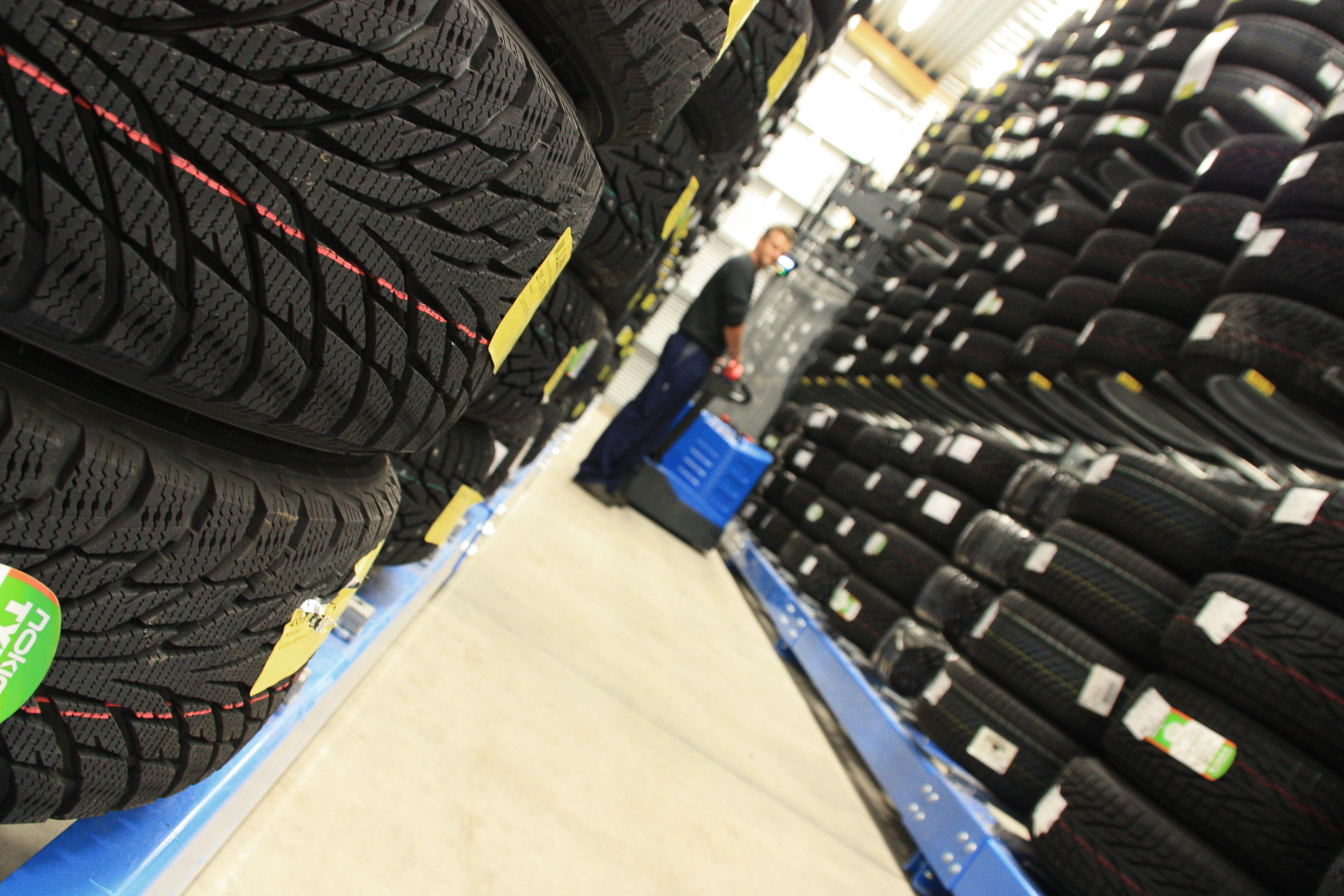 Populära Förvara din däck i vårt nya däckhotell - Nybergs Bil QT-42